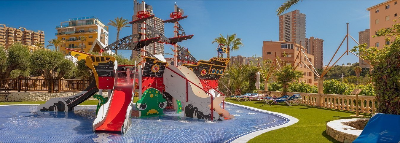 La 'Perla Negra' Apartotel Magic Tropical Splash Water Park, Spa & Caribbean Resort